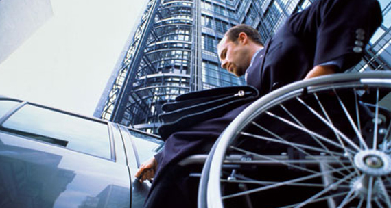 Projeto vai qualificar 700 deficientes para mercado e trabalho